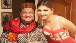 Relationship between Anup Jalota and Jasleen Matharoo
